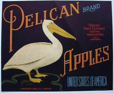 PELICAN Vintage Washington Apple Crate Label, ***AN ORIGINAL LABEL*** fold, 174