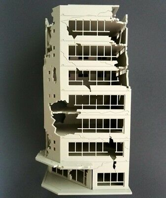 N Scale 1/144 White Battle Corner Ruined Building GUNDAM 7.9*7.2*16.9cm NN073