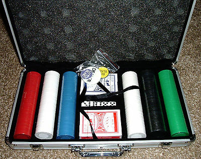 Poker Chips NEW 300+ Set Clay Aluminum Case Pro Casino Texas Hold'em Cards Dice