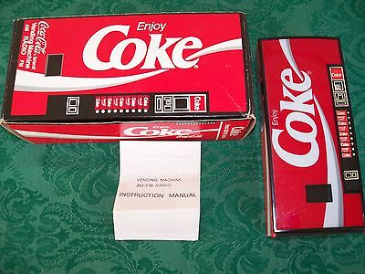 Coca Cola Coke Vending Machine AM/FM Portable Radio Made In Hong Kong 1987