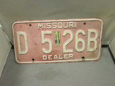 Vintage 1979 1981 Missouri Dealer License Plate Expired Over 3 Years # D 526B