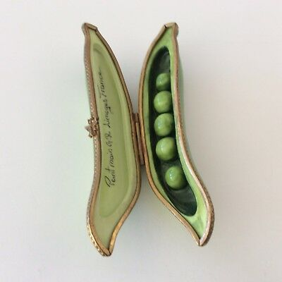 GR GERARD RIBIERRE LIMOGES FRANCE PEINT MAIN PORCELAIN PEAs IN A POD TRINKET BOX