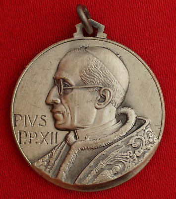 Vintage POPE PIUS XII MEDAL Religious VATICAN SAINT PETERS SQUARE RICCI-FIRENZE