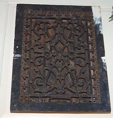 Vintage Ornate Cast Iron Floor Register Heat Grate/Vent - With Louvers