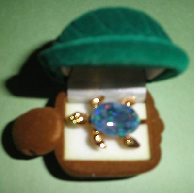 Australian OPAL TURTLE BROOCH in turtle box Never used.Box with slight damage
