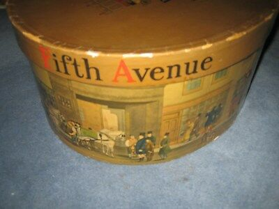 Antique Dobbs Fifth Ave. New York hat box without leather strap Horse & Carriage