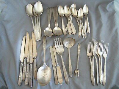 44 pc Oneida Community Silver Plate Grosvenor Flatware Includes 6 Serving Pieces