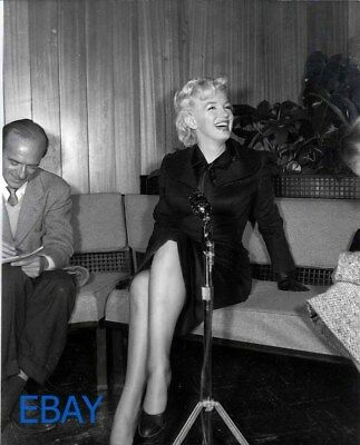 Marilyn Monroe sexy leggy Photo from ORIGINAL Neg candid