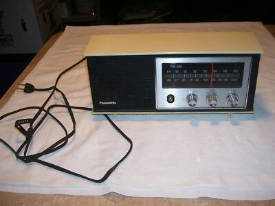 Vintage Panasonic RE-6283 AM FM Retro Radio