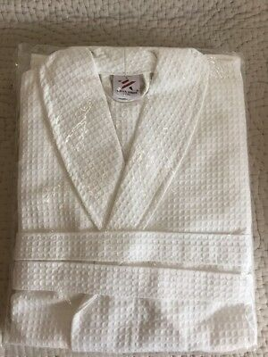 NEW - White Waffle Dressing Gown - Cotton Robe Size L/XL - Ideal Gift - Unisex