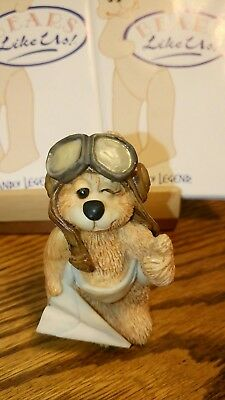 Land of Legend Cub Club Hap Henriksen 'Up & Away' Bear Ornament Figurine 1994