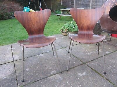 2 Vtg Arne Jacobson Fritz Hansen Series 7 chairs Danish 60s  RTetro Dining