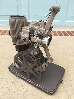 Vintage Fifties BELL & HOWELL DESIGN 273 MODEL A 16mm Movie Projector NICE!
