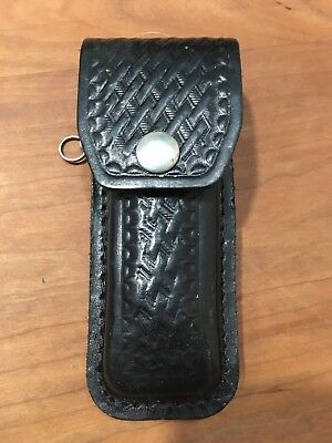 Wenger Swiss Army Knife Car Emblem With  Leather Belt Loop Sheath NM