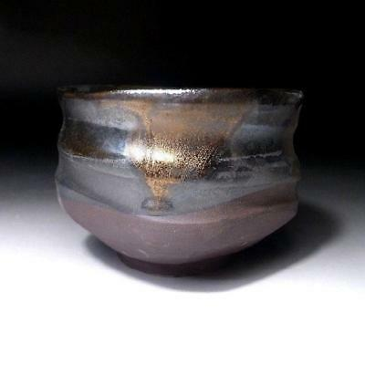 QE6: Japanese Tea Bowl, Seto ware by Famous potter, Eichi Kato, Black & Gold