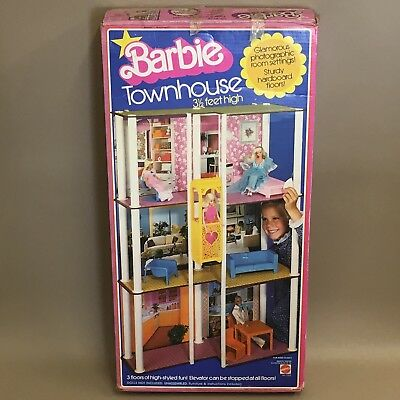 Vintage 1977 Mattel Barbie Doll Play Set - Town House & Furniture Boxed #7825