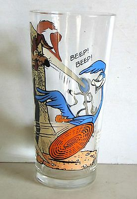 1976 PEPSI Road Runner and Wile E Coyote Vintage GLASS Warner Bros FREE SH