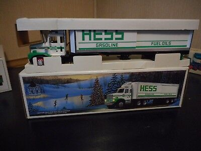 1987 Hess Toy Truck Bank In Mint Condition  W/box Issue