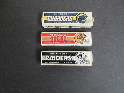 Vintage LOT NFL FOOTBALL CHEWING GUM PACKS (L.A.Raiders,S.F. 49'ers, Chargers)