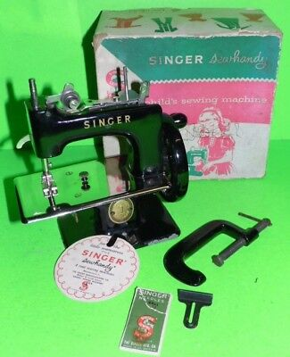 Vintage 1950s Child's Sewing Machine Singer Sewhandy No.20 With Box