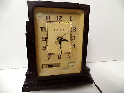 Vintage Art Deco Style Bakelite Day & Month Hammond Electric Clock Chicago Ill
