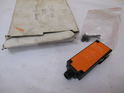 IFM, OT5205, OTH-CPKG/US, Efector Photoelectric Sensor NEW In Box