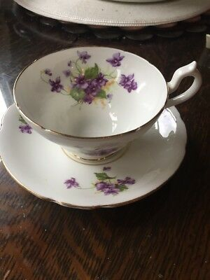 Beautiful Vtg Large Stanley Violets Tea Cup & Saucer  England Fine China