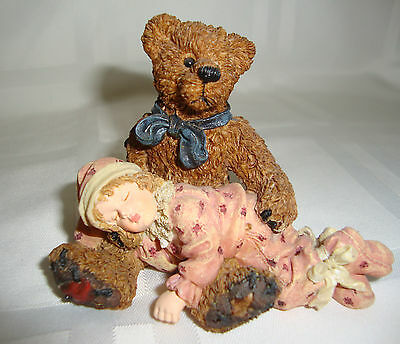 Boyds Dollstone Collection #3527 SHELBY...ASLEEP IN TEDDY'S ARMS 1998 LE