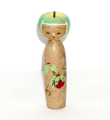 JAPANESE ASIAN VINTAGE WOOD NODDER KOKESHI DOLL w/ SUPER CUTE GREEN APPLE HEAD !