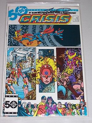 Crisis On Infinite Earths #11! (1985) Signed by George Perez! VF! COA!