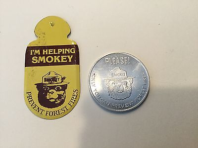 Smokey The Bear Dept Of Agriculture Forest Service Medal & fold-over lapel pin
