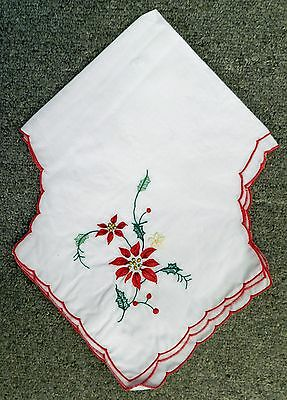 Vintage Embroidered Christmas Poinsettia Red Trim White Bread Basket Linens