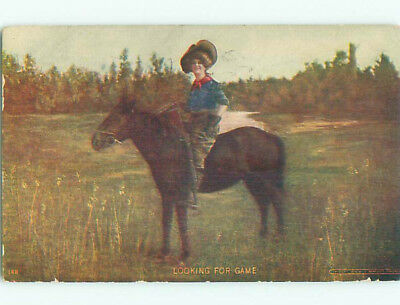 Pre-Linen western COWGIRL WOMAN WITH SHOTGUN RIFLE ON HORSE k7710