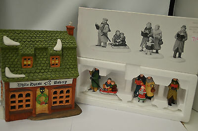 Dept 56 Dickens Villiage Series White Horse Bakery & Carolers