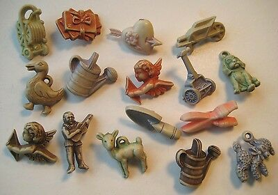 1950's VINTAGE Plastic NOVELTY BUTTONS Goofy Realistic MIXED LOT