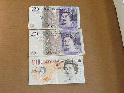 Great Britain 10  And 20 Pound Currency Lot Of 3 50 Pound Face 2487K