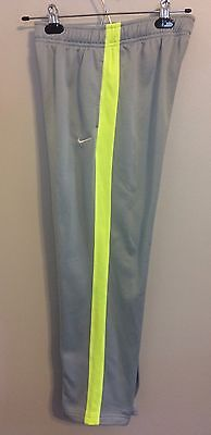 **Nike Therma-Fit Training Pants - Youth L Gray