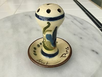 Vintage Torquay pottery scandy hat pin holder
