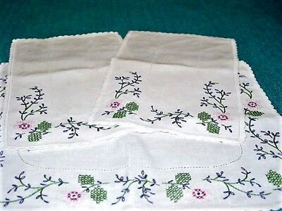 Vtg.Linen 3pc Table Set, Hand Embroidered Doily Set 1950-50'sFlowers,Ex.Cond!