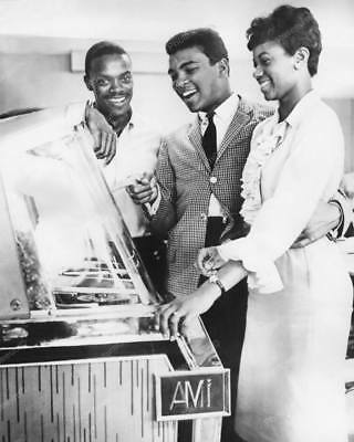 AMI Jukebox Cassius Clay Muhammad Ali &  Friends 8 by 10 Reprint Photograph