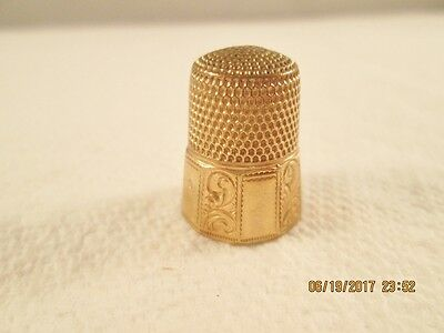 Antique Simons gold plated thimble size 9 panel and etched design swirl