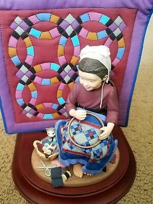 1993 Amish Heritage Katie's First Quilt Figure Special Edition #30012