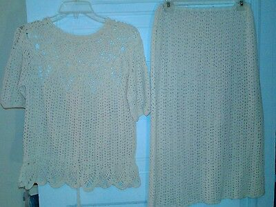 Beautiful Vintage Hand Crafted Ivory Crocheted Top & Skirt Small Petite