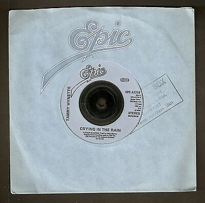 """Tammy Wynette - Crying in the rain Bw Bring back my baby to me - 7"""" vinyl 1981"""