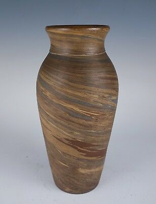 Fine Vintage E20c Niloak Eagle Pottery Arkansas Arts & Crafts Pottery Vase