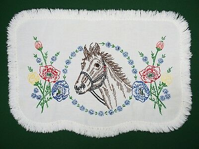 """Vintage HAND EMBROIDERY Needlework HORSE Table Scarf / Runner EXC 17.5"""" x 12"""""""