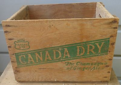 RP2180 Vintage Canada Dry Ginger Ale Soda Pop Wood Wooden Crate Case