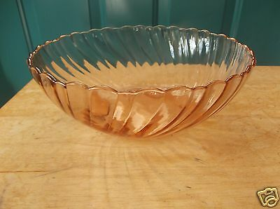 Vintage Swirled Ribbed Pink Glass Bowl