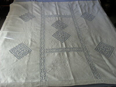 Beautiful Vintage Tablecloth With Handmade Brussels Lace