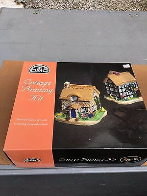 DMC Cottage painting kit contains 2 cottages
